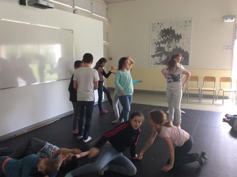 Théâtre dans ta classe - 6°1 445